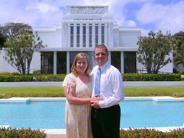 Carrie and Mike at the Hawaii Temple